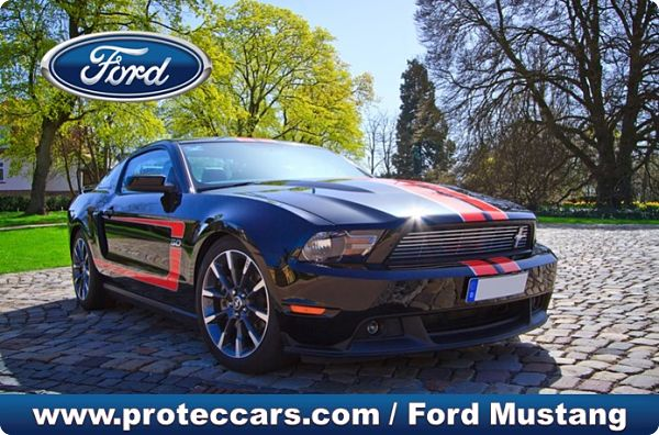 Ford Mustang EcoBoost Fastback al aire libre